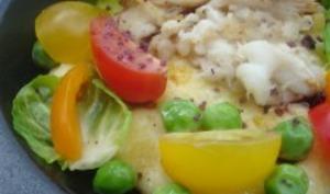 Effilochée de raie, crémeux de polenta et légumes croquants