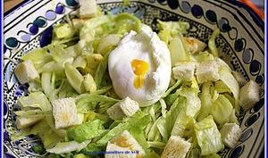 Salade d'endives et oeuf poché
