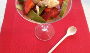 Verrines avocat, fraises, fromage frais, huile d'olive