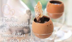 Fondue de chocolat et mouillettes de pain perdu