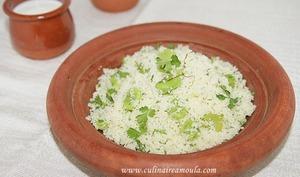 Couscous à la fève et à la coriandre