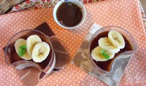 Mousse aux marrons, gelée de café et banane fraîche