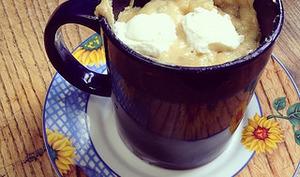 Mug cake salé au fromage frais et thon