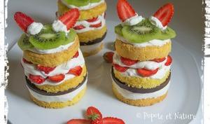 Mini layer cakes aux fruits et au chocolat craquant