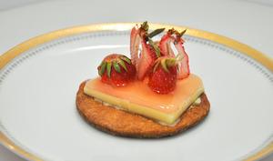 Sabayon glacé croquant fraise rhubarbe