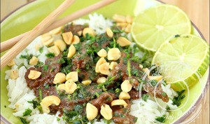 Boeuf thaï aux cacahuètes