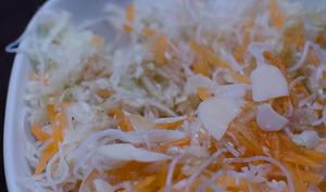 Salade de chou blanc influence asiatique