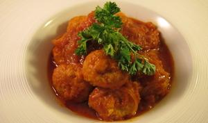 Boulettes de poulet à la sauce tomate