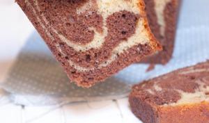 Cake marbré aux deux chocolats