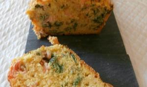 Cake saumon fumé, persil, coriandre et curry