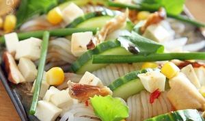 Salade de Konjac Shiratakis à la sauce soja