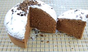 Gâteau éponge au chocolat inratable