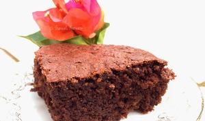 Le brownie très chocolat aux cacahuètes et céréales