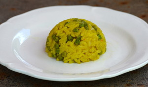 Riz au curry et petits pois façon risotto