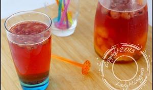 Detox water aux abricots et framboises