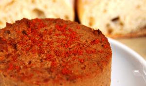 Fromage végétal aux noisettes rôties et paprika