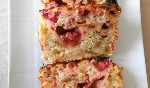 Cake rhubarbe - fraises