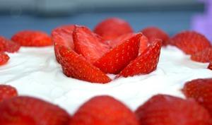 Layer cake au citron et aux fraises