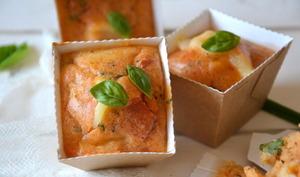 Mini-muffins apéritifs tomate ~ mozzarella ~ basilic