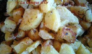 """Pommes de terre """"sabbiose"""",sableuses en français, au four."""