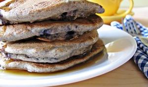 Pancakes sans gluten au sarrasin et aux myrtilles