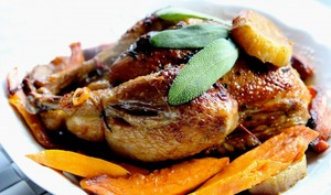 Poulet rôti à la sauge et aux patates douces