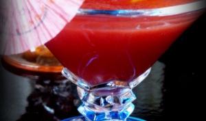 Cocktail sans alcool : pastèque, tomates et gingembre