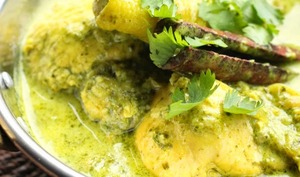 Curry de poulet à la coriandre et à la menthe