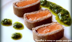 Croustillants de saumon au sarrasin, sauce épicée à la coriandre