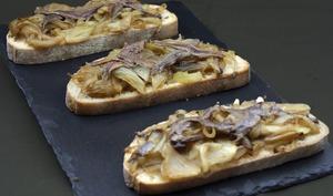 Tartine pissaladière
