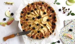 Gâteau norvégien aux pommes et mûres