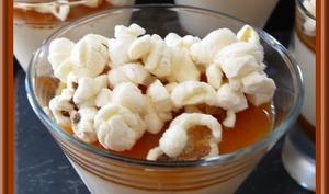 Pana cotta avec son coulis de Caramel et Pop corn