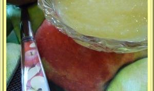 Compote de pommes et de poires.