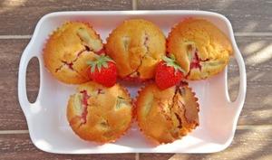 Muffins fraises et rhubarbe