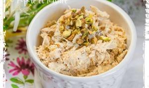 Rillettes de poulet au piment d'Espelette et éclats de pistaches grillées