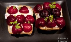 Tartines apéritives aux cerises