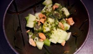 Salade de concombre aux noix de cajou et menthe