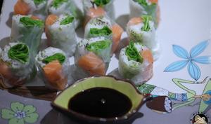 Sushis vietnamiens au saumon
