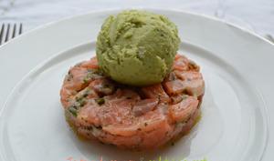 Tartare de saumon et sorbet à l'avocat