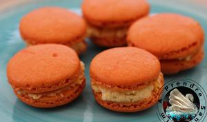 Macarons à la mangue et mascarpone