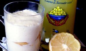 """Tiramisu """"très citron"""" au lemon curd maison et limoncello"""