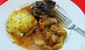 Cardons à la moelle cuisinés à l'ancienne, cuisine lyonnaise