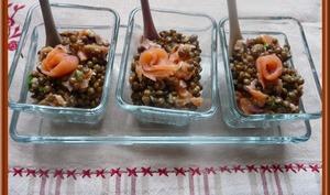 Salade de lentilles au saumon fumé.