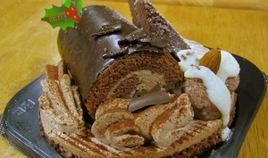 Bûche de Noël au nougat, pain d'épice, chocolat lait