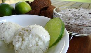 Glace à la noix de coco et au citron vert