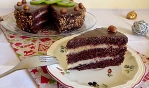 Layer cake au cacao et crème pâtissière à la fève tonka