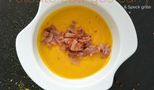 Velouté de courges au curry et speck grillé