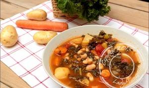 Ribollita - soupe de légumes toscane