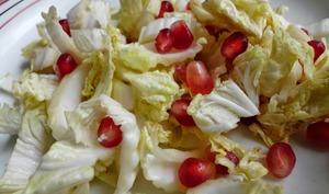Salade de chou chinois avec grenade