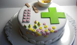 Gâteau sur le thème de la pharmacie